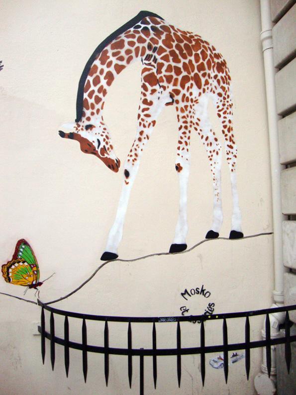Street art du côté de la Place de Clichy (6/6)