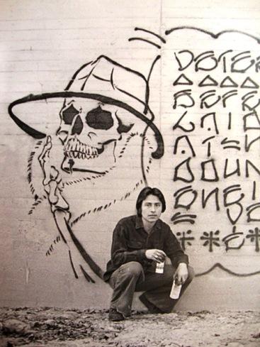 Chaz Bojórquez devant « El Señor Suerte », 1970